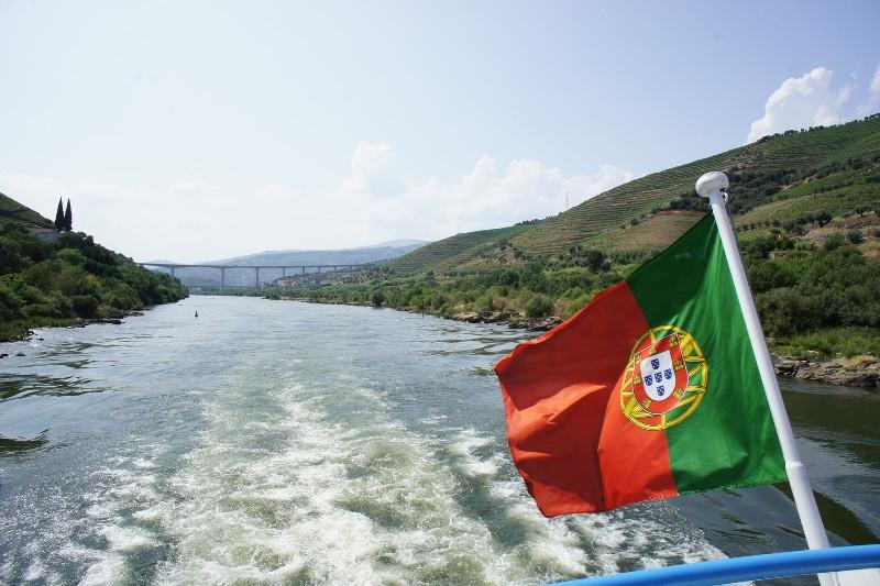 Durante o mini-cruzeiro no Douro, perto do Pinhão