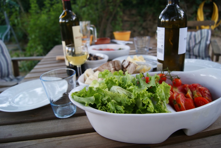 Fresh wine and salad in the evening...